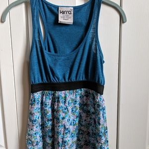 Kirra tank top size XS blue with floral